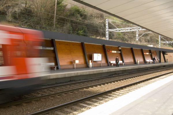 concenta-austria-lapenatrainstation-estudiogdp-bilbao-spain-2011-parklex-facade-dryinternal-copper-03-2