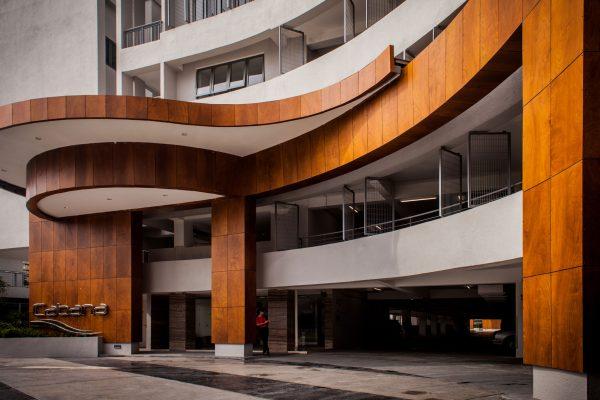 TeegaResidencesAtPuteriHarbour-LiuWoArchitects-JohorBahru-Malaysia-2016-Parklex-Facade-Copper-04